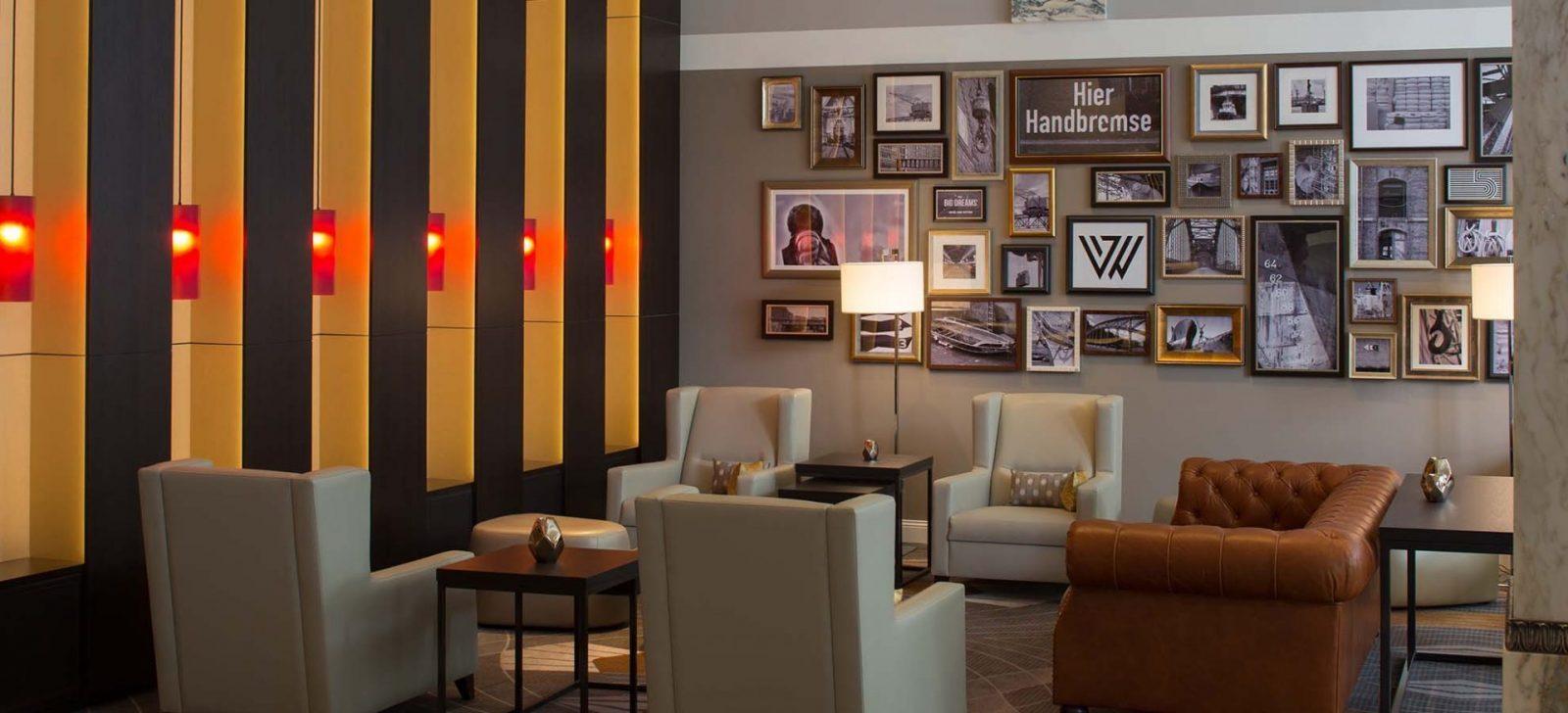 Reichshof Hotel Hamburg Sitzecke / Sitting area