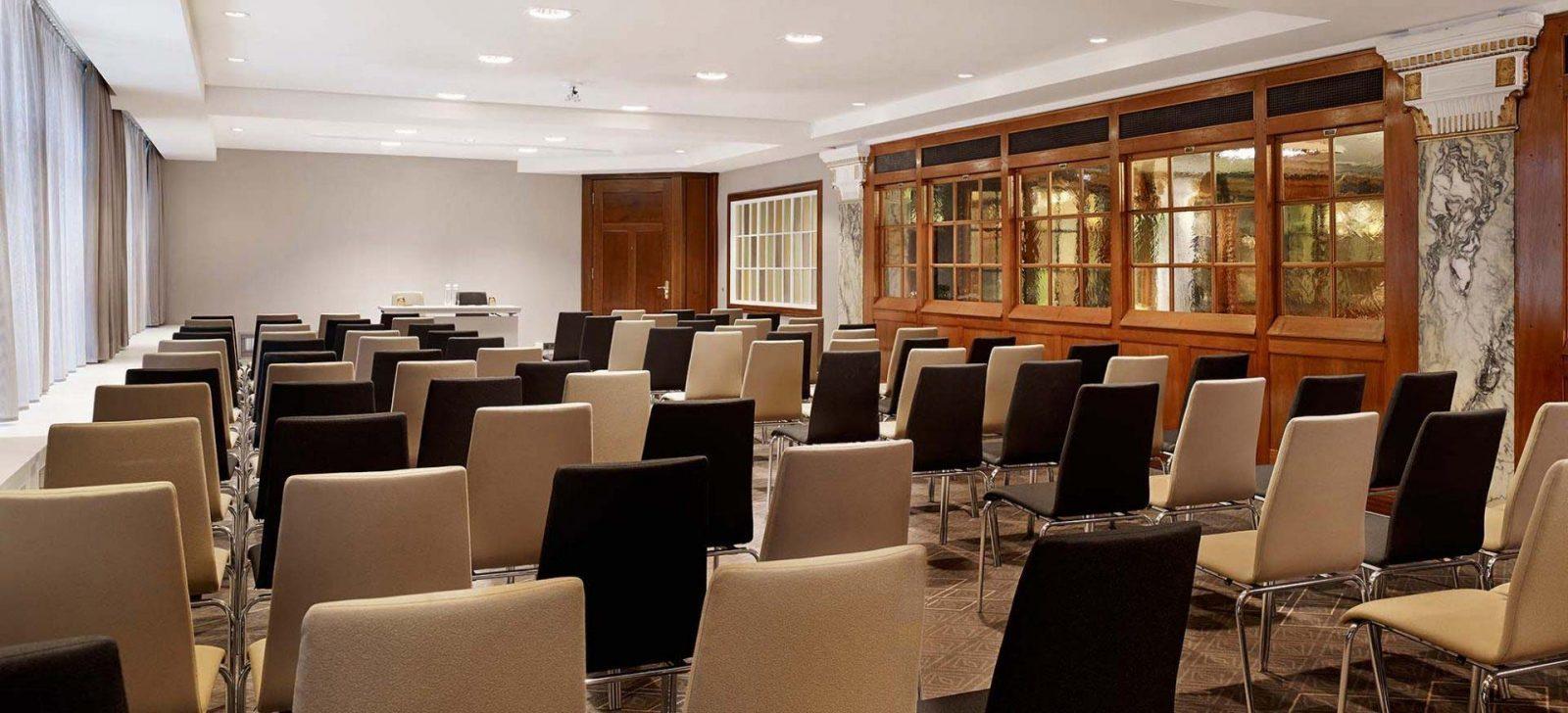 Reichshof Hotel Hamburg Tagungsraum / Meeting room